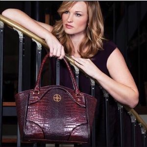 Stauer Avalon Crocodile Embossed Leather Handbag